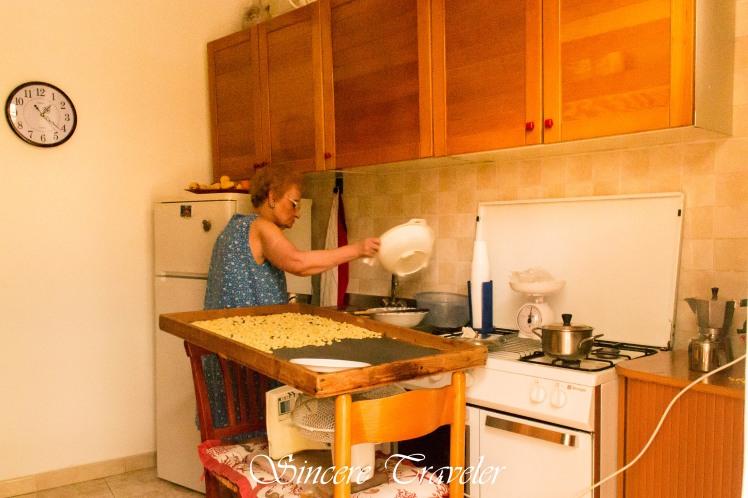 Puglia - Bari - Cooking Pasta
