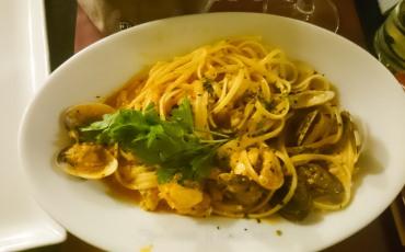 Puglia - Otranto, food, clamps from Ristorante Terrazza San Pietro